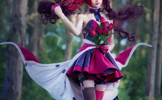 Queen of Hearts Cosplay A Royal Improvement