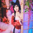 Alluring Ahri Cosplay Magically Charming