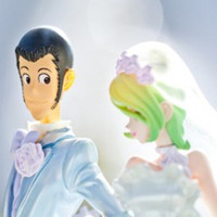 "Lupin and Rebecca Reunited in ""Lupin III"" Wedding Day Crane Prizes"