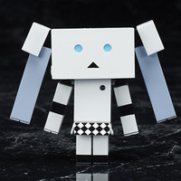 """Yotsuba&!"" Danboard Gets Its ""Miss Monochrome"" Version Figure"