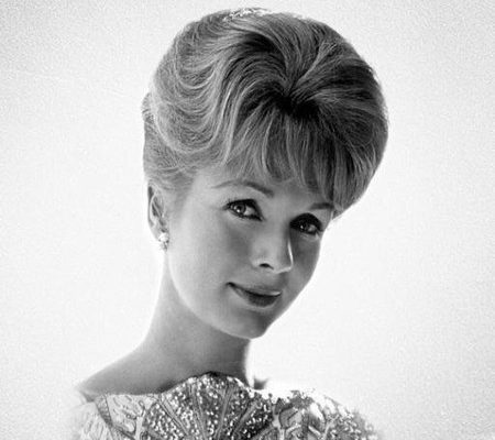 Actress, Kiki's Delivery Service Voice Actress Debbie Reynolds Passes Away