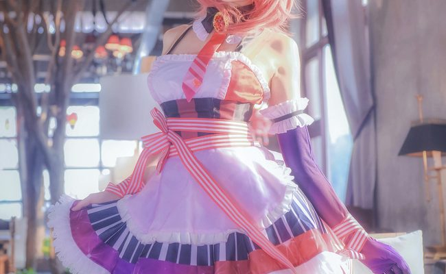 Nishikino Maki Waitress Cosplay Quite Delightful