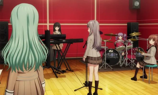 BanG Dream! 3rd Season Ep. 6 is now available in OS.